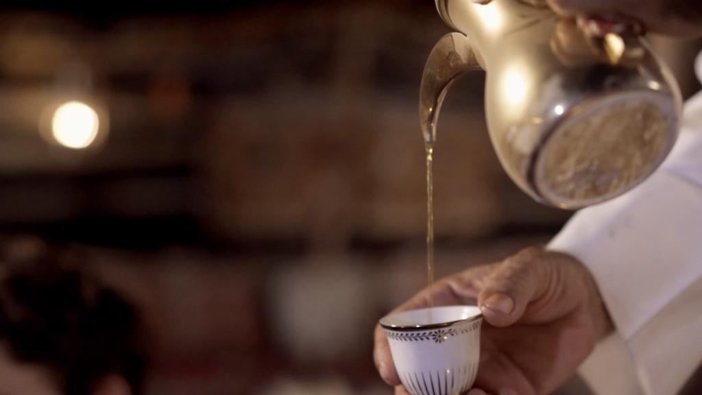 QATAR: 10 curiosità sul caffè arabo e le sue antiche tradizioni