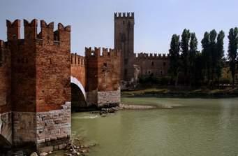 Sei Castelli per sei Destinazioni