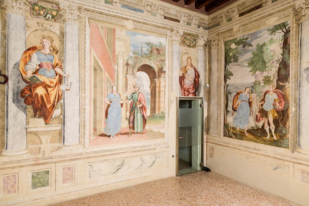 Per gli Artisti di Tutta Italia