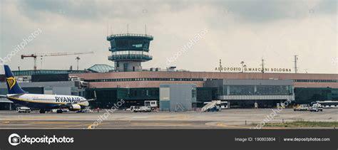 Estate Ryanair a Bologna