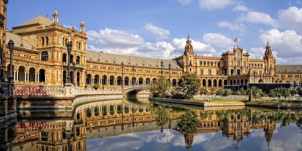 L'Andalusia Assicura i Turisti