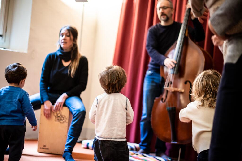 Musica col marsupio