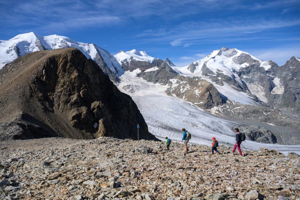 Diavolezza,  trekking vicino ai ghiacciai e al cielo