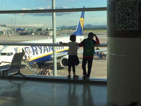 Ryanair, nuova rotta e più voli da Napoli