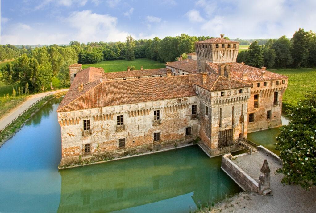 Notte tra i segreti del Castello di Padernello