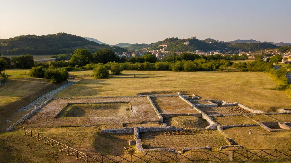 Alte Marche Tra cibi dei Romani e rime