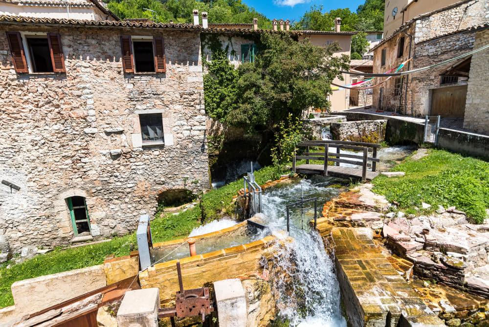"""Umbria, alla scoperta del """"Borgo delle acque"""""""
