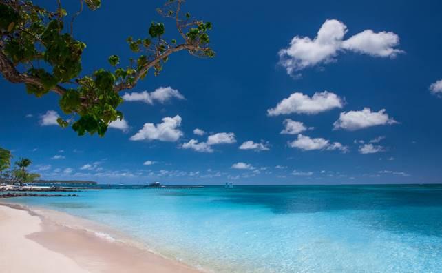 Antille in libertà per gli italiani