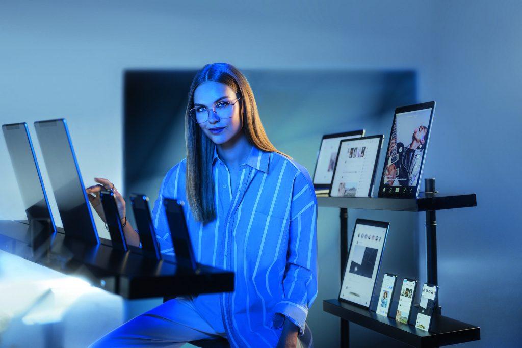 Smartphone, Computer e Luce Blu