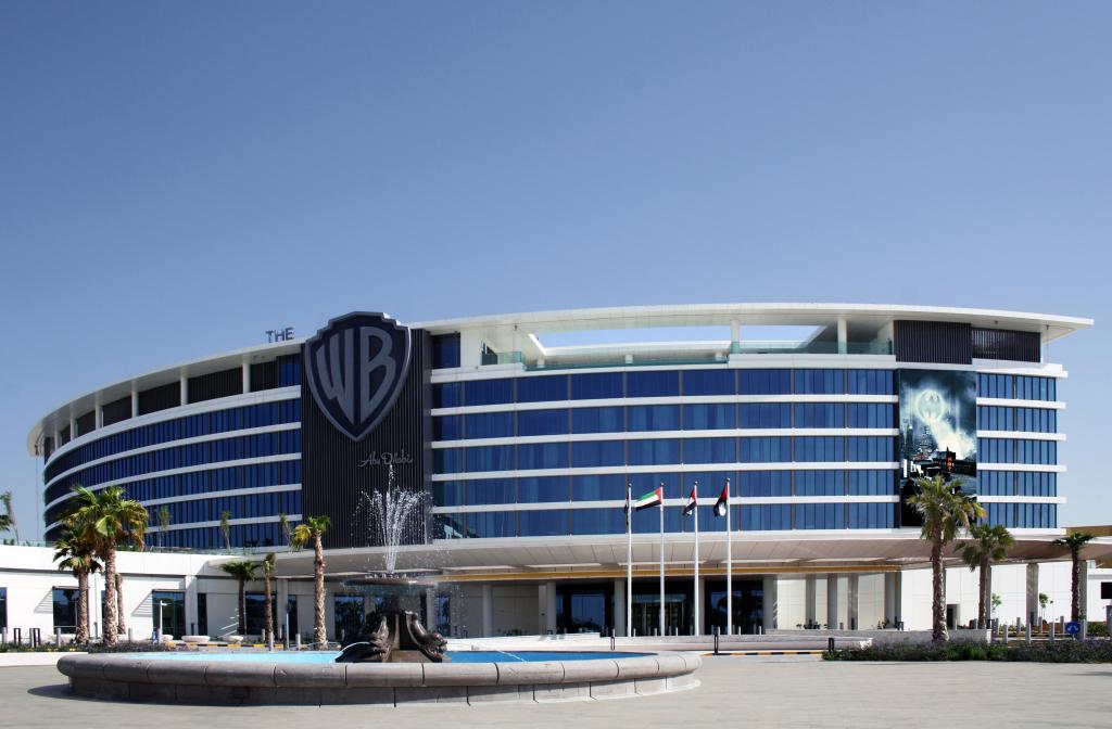 Apre il primo hotel di Warner Bros Abu Dhabi